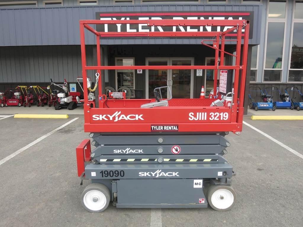 2018 Skyjack SJIII 3219 Scissor Lift For Sale. 40 Hours   Chehalis. WA   99-19090   MyLittleSalesman.com