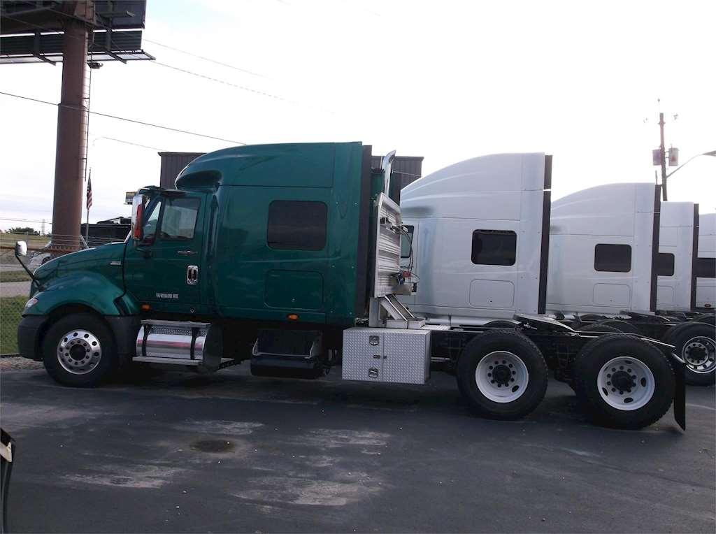 International Custom Sleeper Truck