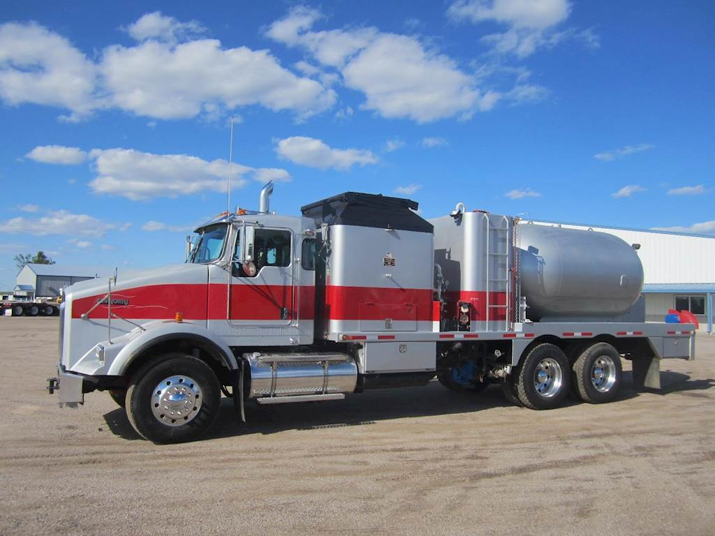 hight resolution of 2008 kenworth t800 oil field truck