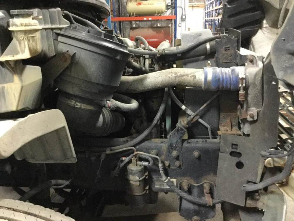 medium resolution of 2006 mercedes benz mbe906 engine for a freightliner m2 106