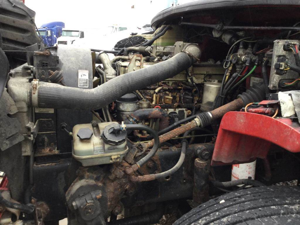hight resolution of 2006 mercedes benz mbe906 engine for a freightliner m2 106
