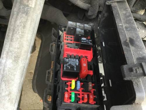 small resolution of 2014 freightliner cascadia fuse box