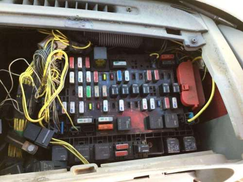 small resolution of 2004 freightliner century class 120 fuse box for a freightliner c120 freightliner trailer light fuse box