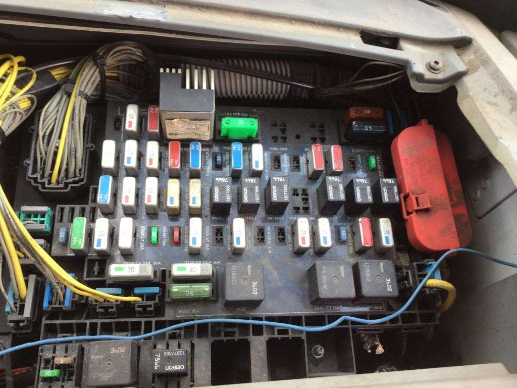 hight resolution of m2 fuse box location wiring diagram 2007 freightliner fuse box 2007 freightliner fuse box