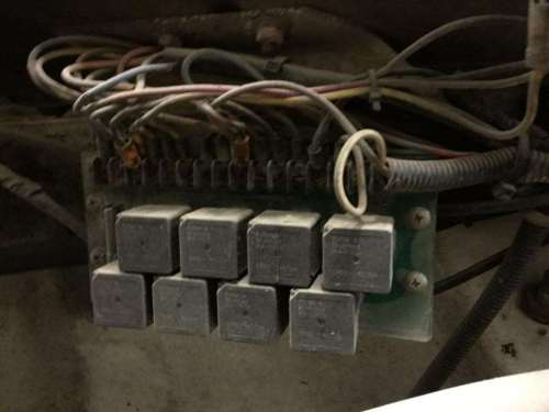 small resolution of fl112 fuse box wiring library98 freightliner fuse box 1