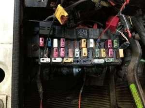 1999 International 8100 Fuse Box For Sale | Spencer, IA