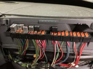 2007 International 8600 Fuse Box For Sale | Spencer, IA | 24602664 | MyLittleSalesman