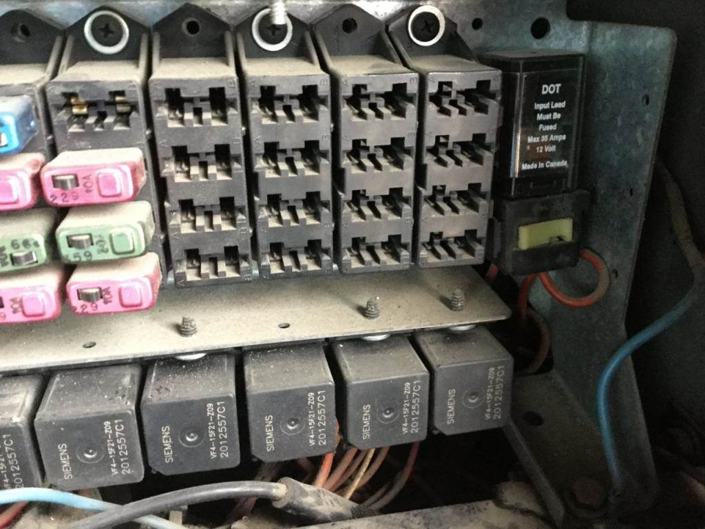hight resolution of  fuse boxes panels international 9400 9854795 8600 international fuse box cover on 8600 download wirning diagrams