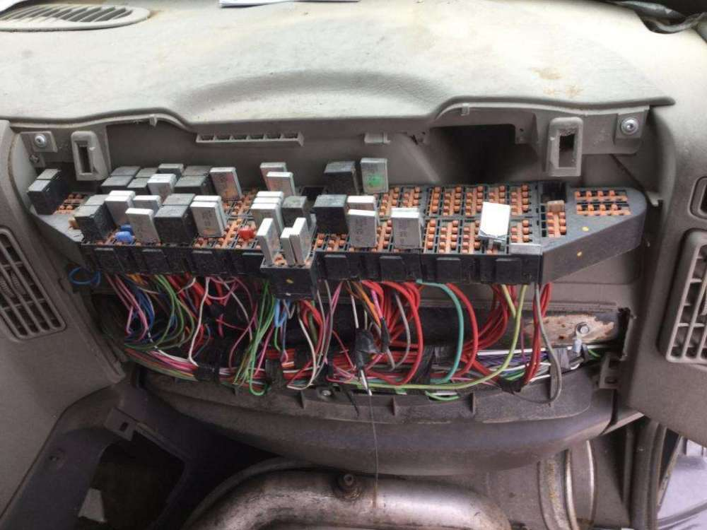 medium resolution of international prostar fuse box location wiring diagram paper fuse box located mitsubishi pajero fuse box locate