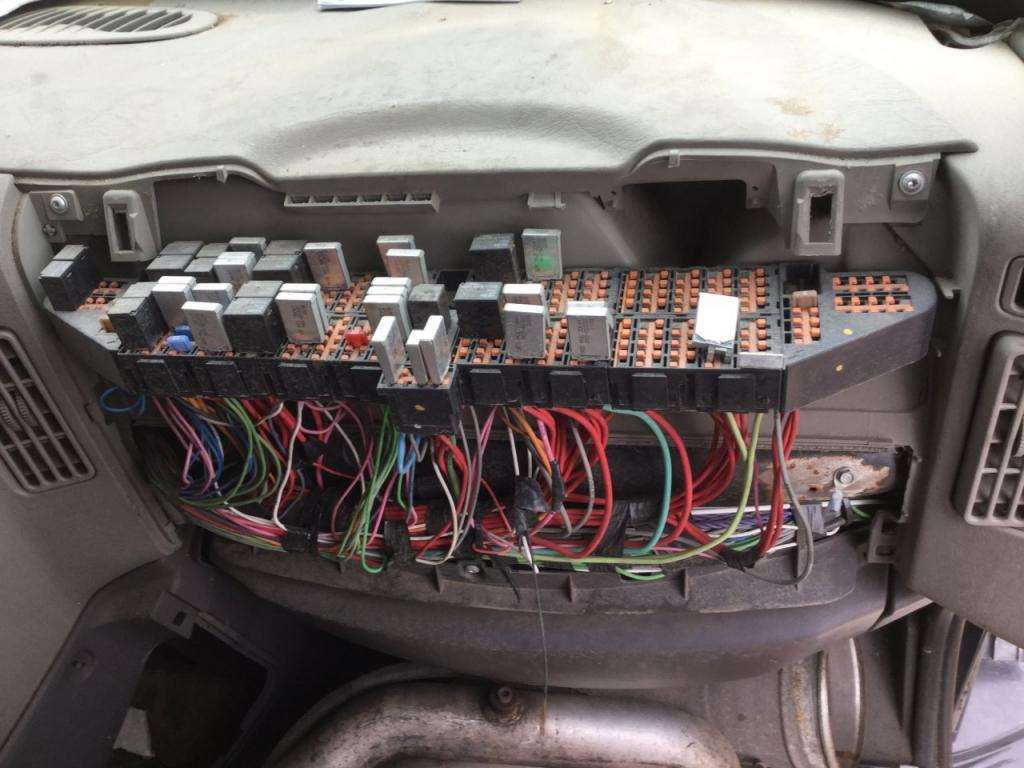 hight resolution of international prostar fuse box location wiring diagram paper fuse box located mitsubishi pajero fuse box locate