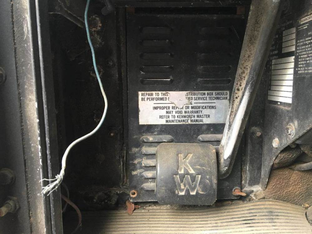 medium resolution of 1988 kenworth t600 fuse box for sale sioux falls sd kenworth t600 fuse panel kenworth t300