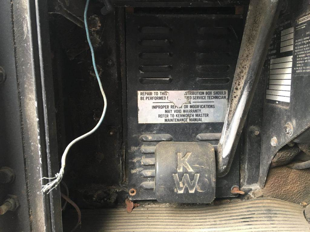 hight resolution of 1988 kenworth t600 fuse box for sale sioux falls sd kenworth t600 fuse panel kenworth t300
