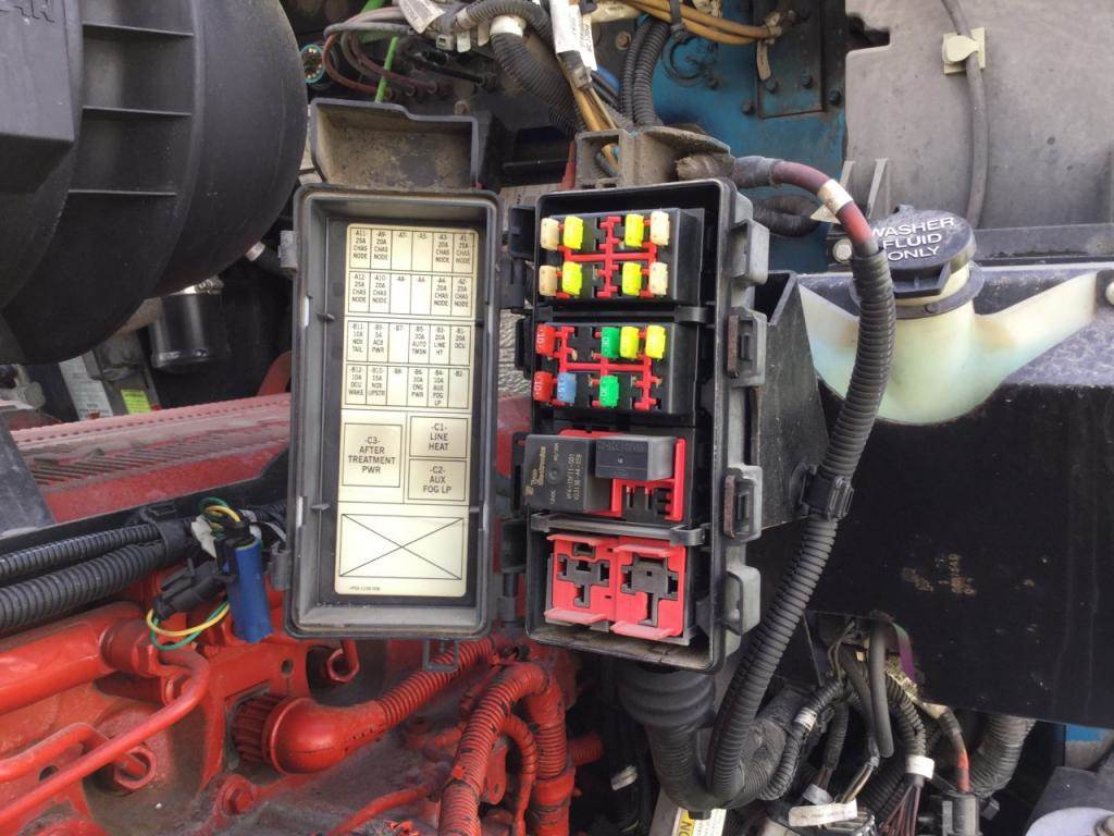 hight resolution of 2012 kenworth t660 fuse box