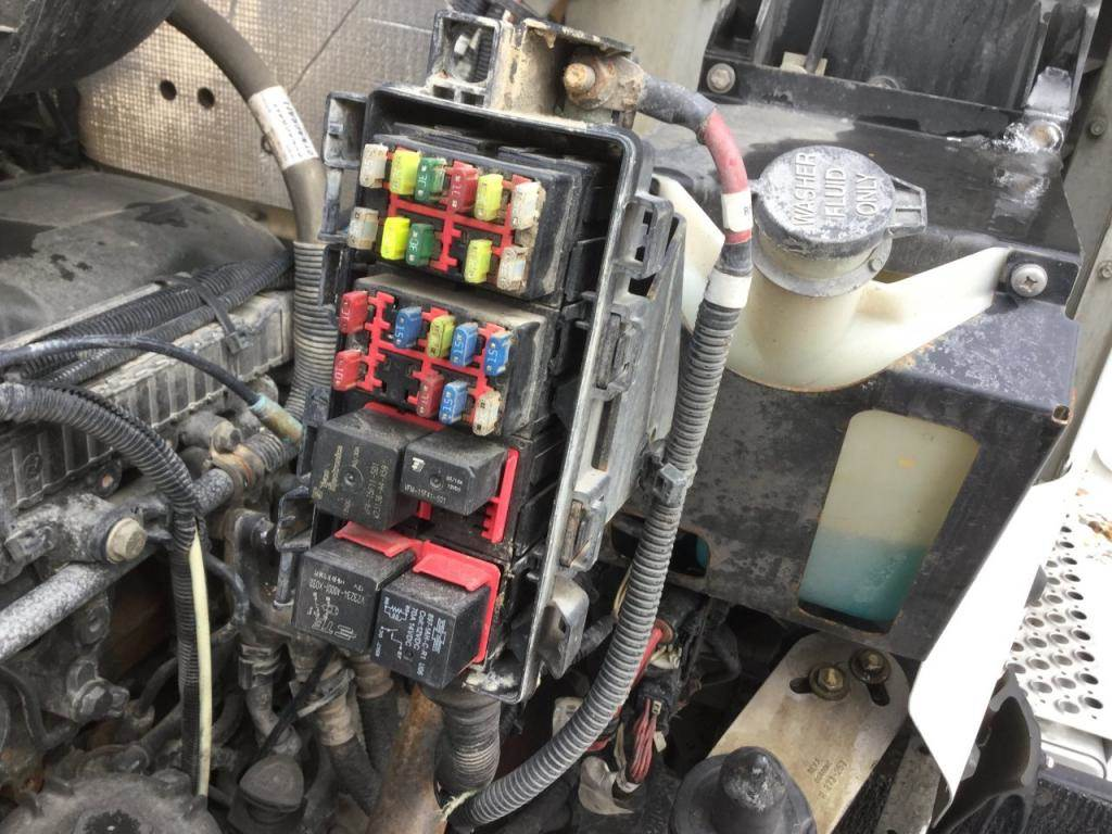 hight resolution of kenworth fuse box