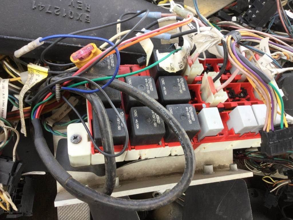 hight resolution of 2008 peterbilt 386 fuse box for sale spencer ia 246522242008 peterbilt 386 fuse box