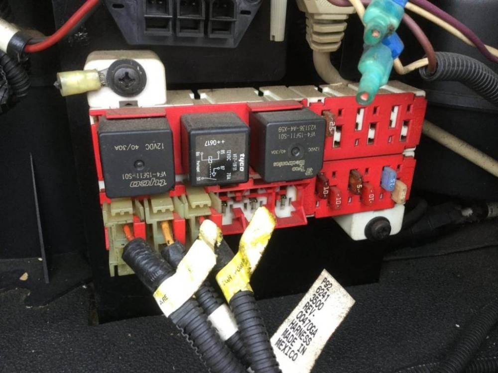 medium resolution of 2007 peterbilt 387 fuse box