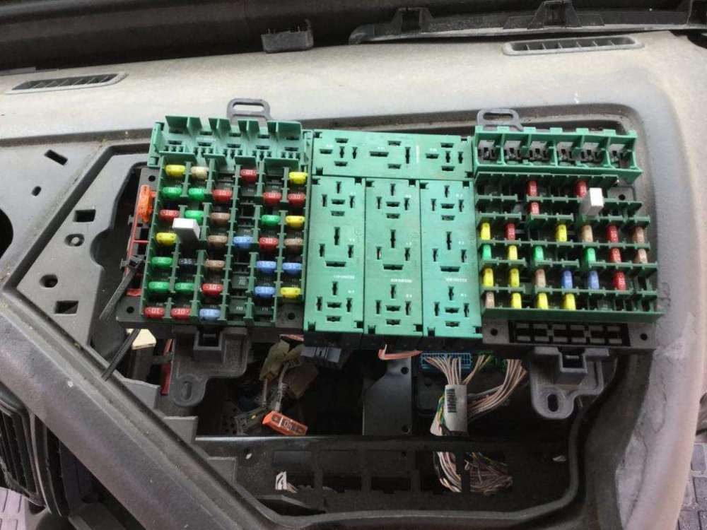 medium resolution of 2014 volvo fuse box wiring diagram page volvo truck fuse box 2014 volvo 64 vnl fuse