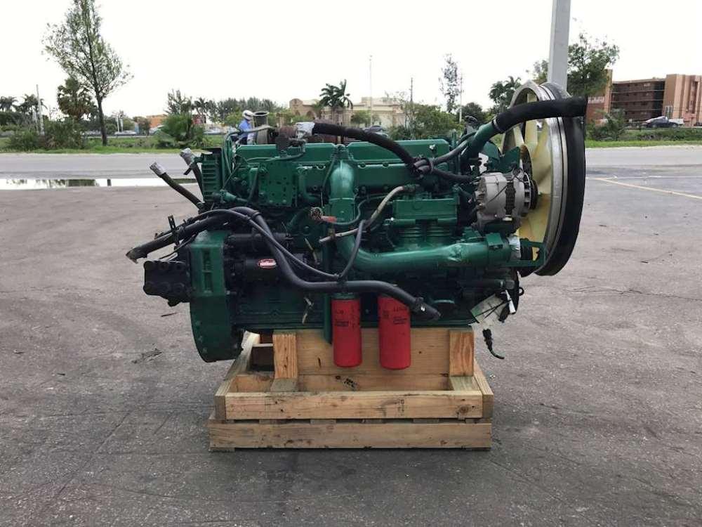 medium resolution of 1999 volvo ved7c engine