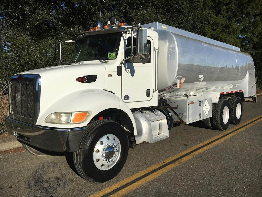 hight resolution of 2012 peterbilt 348 tandem axle gasoline fuel truck paccar px 8 350hp automatic for sale 186 055 miles healdsburg ca e 15645 mylittlesalesman