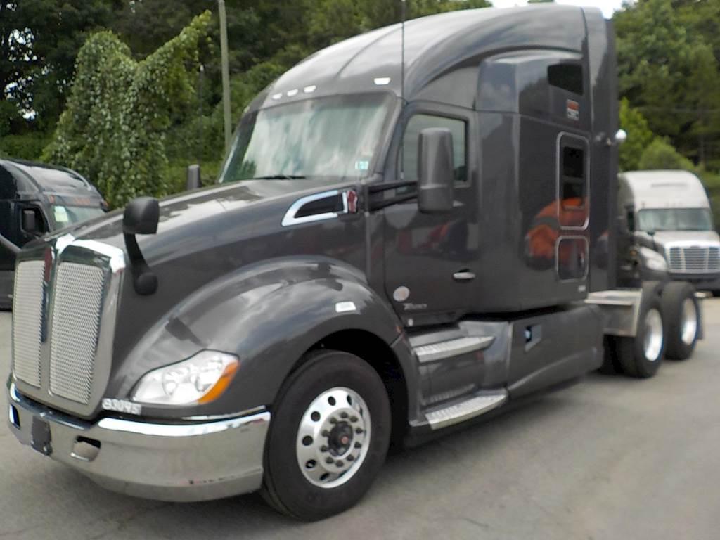 hight resolution of 2016 kenworth t680 sleeper semi truck