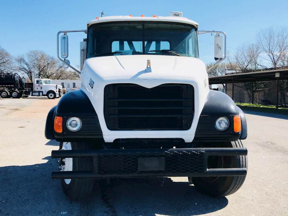 medium resolution of 2007 mack granite cv713 day cab used semi truck 474 068 miles