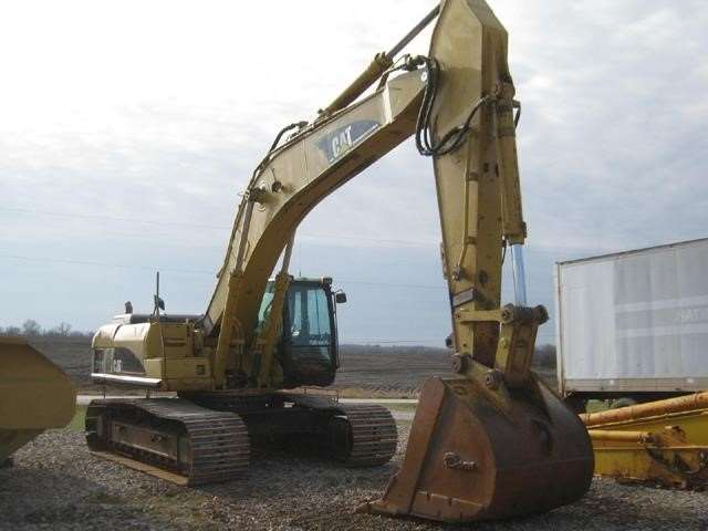 2003 Caterpillar 330CL Crawler Excavator For Sale, 12,402