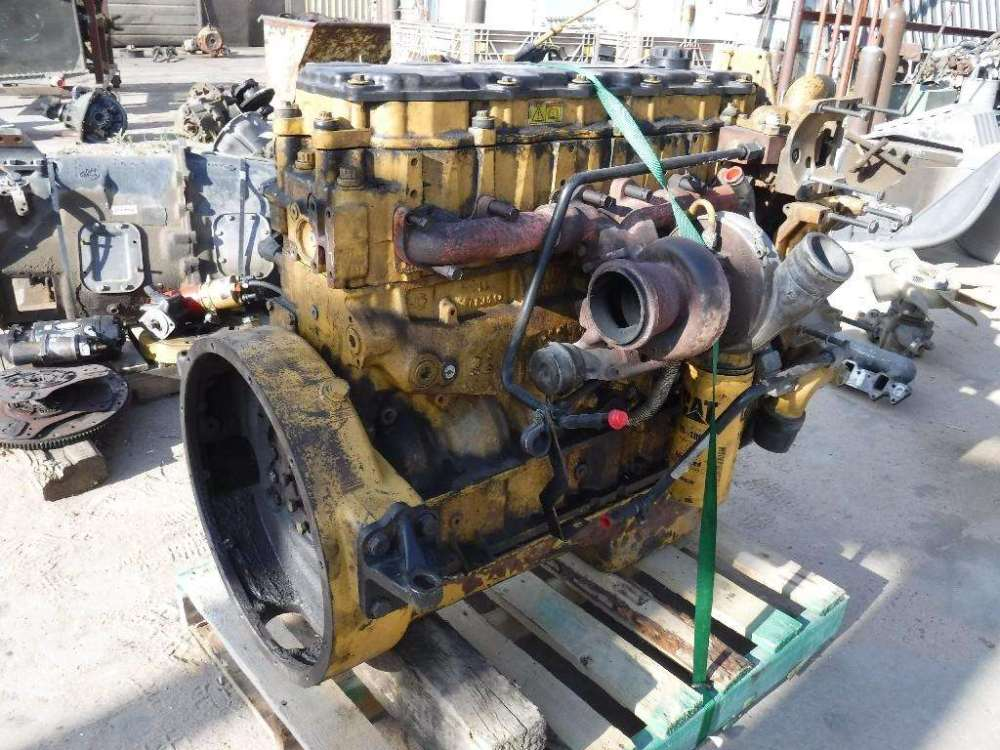 medium resolution of caterpillar c7 acert engine for a 2005 freightliner m2 106