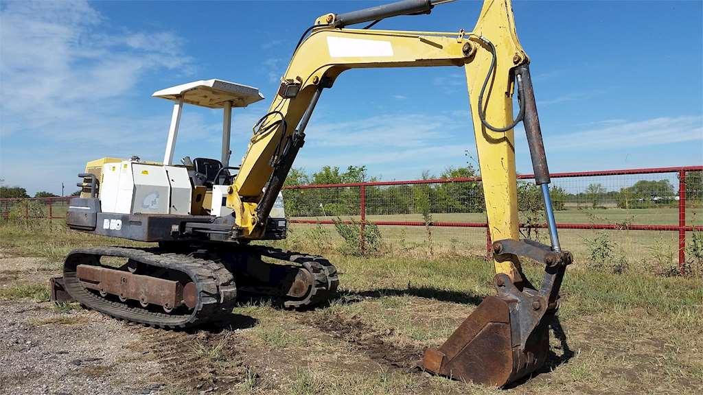 Yanmar B50-1 Mini Excavator For Sale, 3,482 Hours