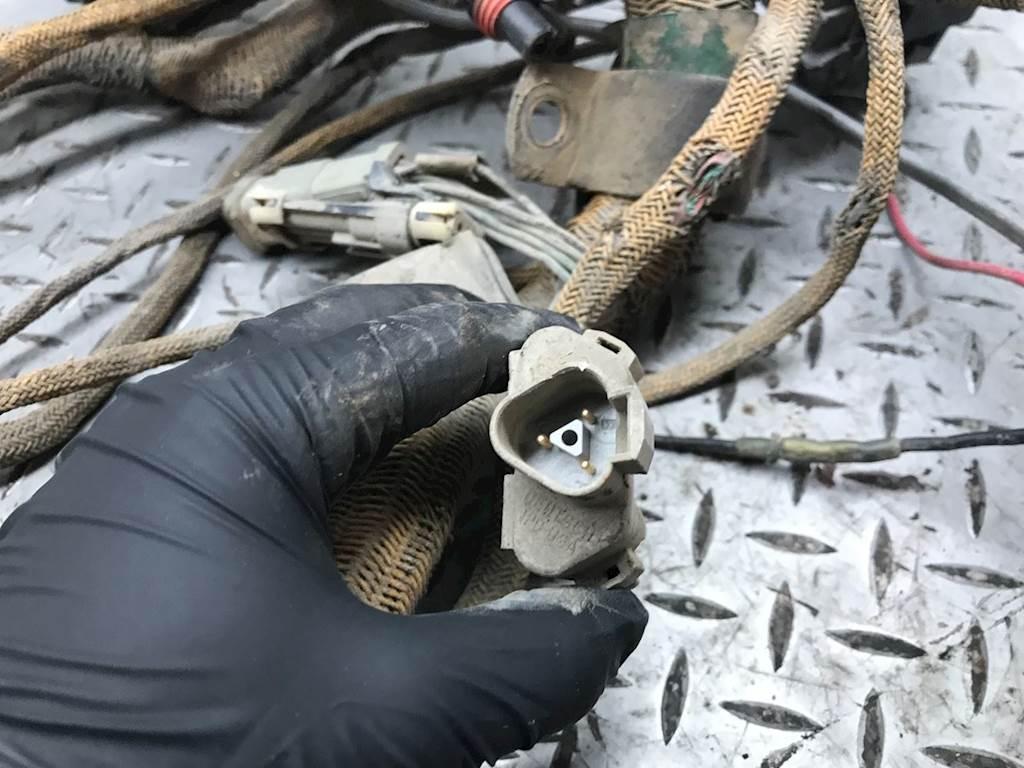 hight resolution of caterpillar c15 wiring harness for a 2000 peterbilt 378