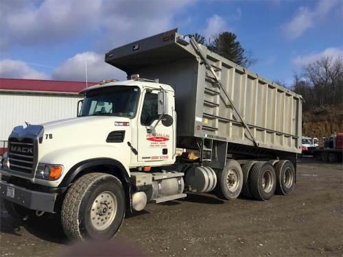 small resolution of 2005 mack granite cv713 tri axle dump truck 460hp 18 spd