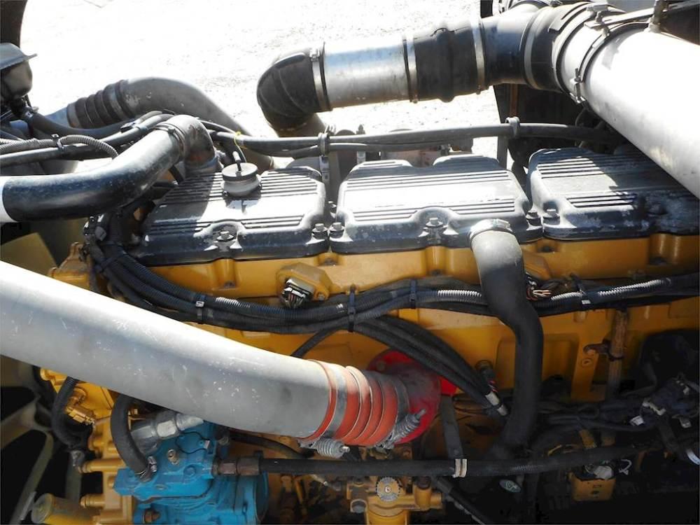medium resolution of 2007 kenworth w900l sleeper semi truck caterpillar c15 acert 475hp manual