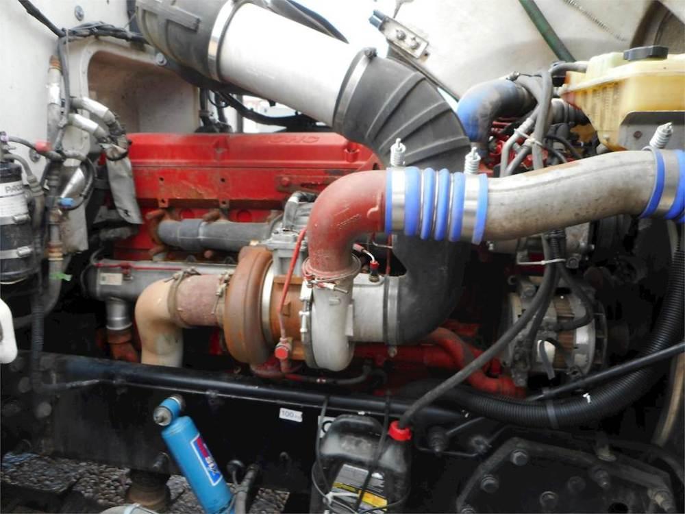 medium resolution of 2009 peterbilt 386 sleeper semi truck cummins isx400st 400hp manual