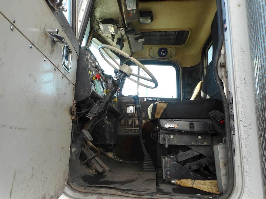 hight resolution of 1982 peterbilt 348 tandem axle vacuum truck cummins ntc 300 manual