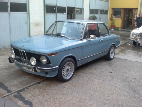 1976 BMW 2002 Colors