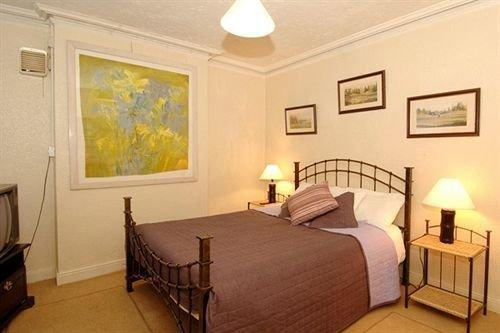 Pearl Court Apartments Belfast Hotels Skyscanner