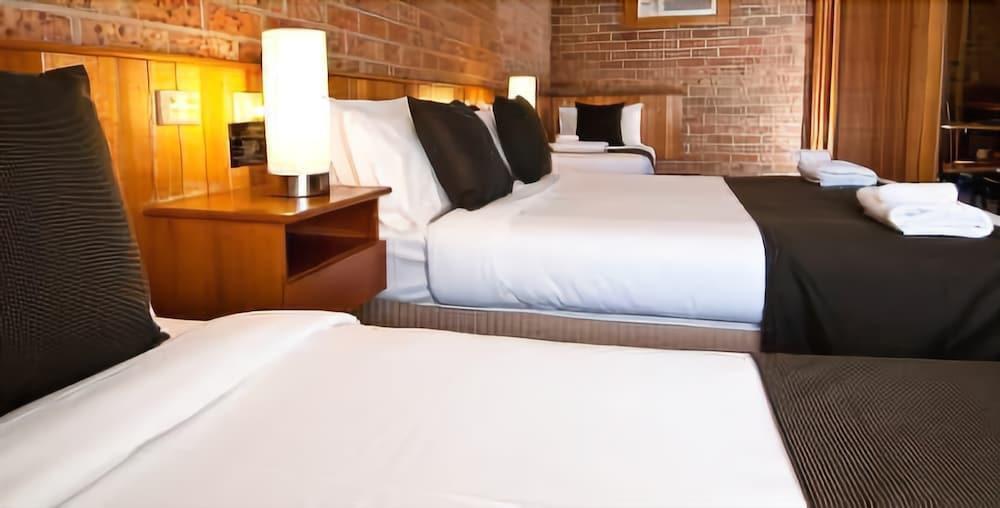 Begonia City Motor Inn Hotel Di Sebastopol Skyscanner