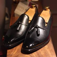 ace85e16e94c5a Keep it classy (and a little casual) with these tassel loafers in black