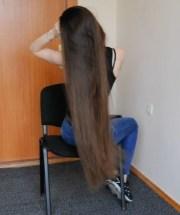 video - perfect thigh length hair