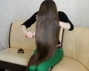 video - thigh length hair play