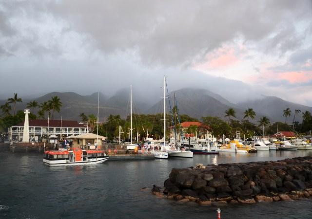 8tracks radio | Kihei To Lahaina : Maui Mix (25 songs ...