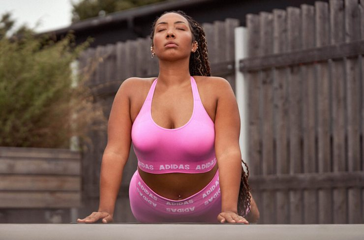 Woman Is doing a yoga workout to start some digital detox