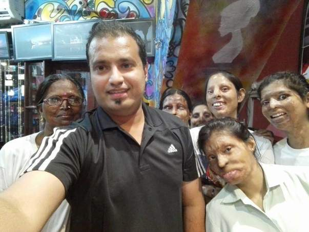 My Visit to Sheroes HangOut Agra .