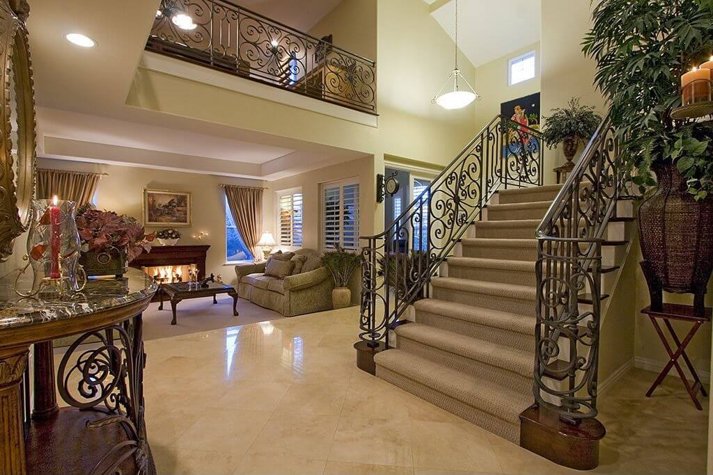Home Foyer Decorating Ideas