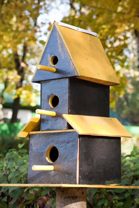 78 Decorative Painted Outdoor & Wooden Bird Houses PHOTOS