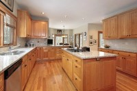 "43 ""New and Spacious"" Light Wood Custom Kitchen Designs"