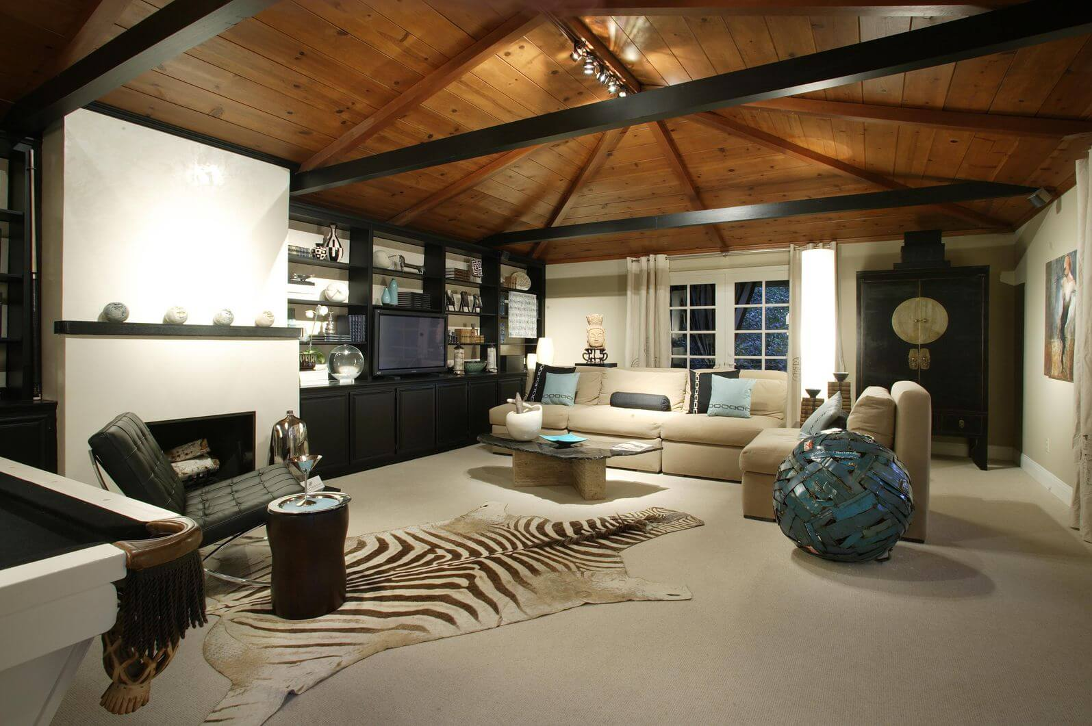 17 Zebra Living Room Decor Ideas (Pictures)