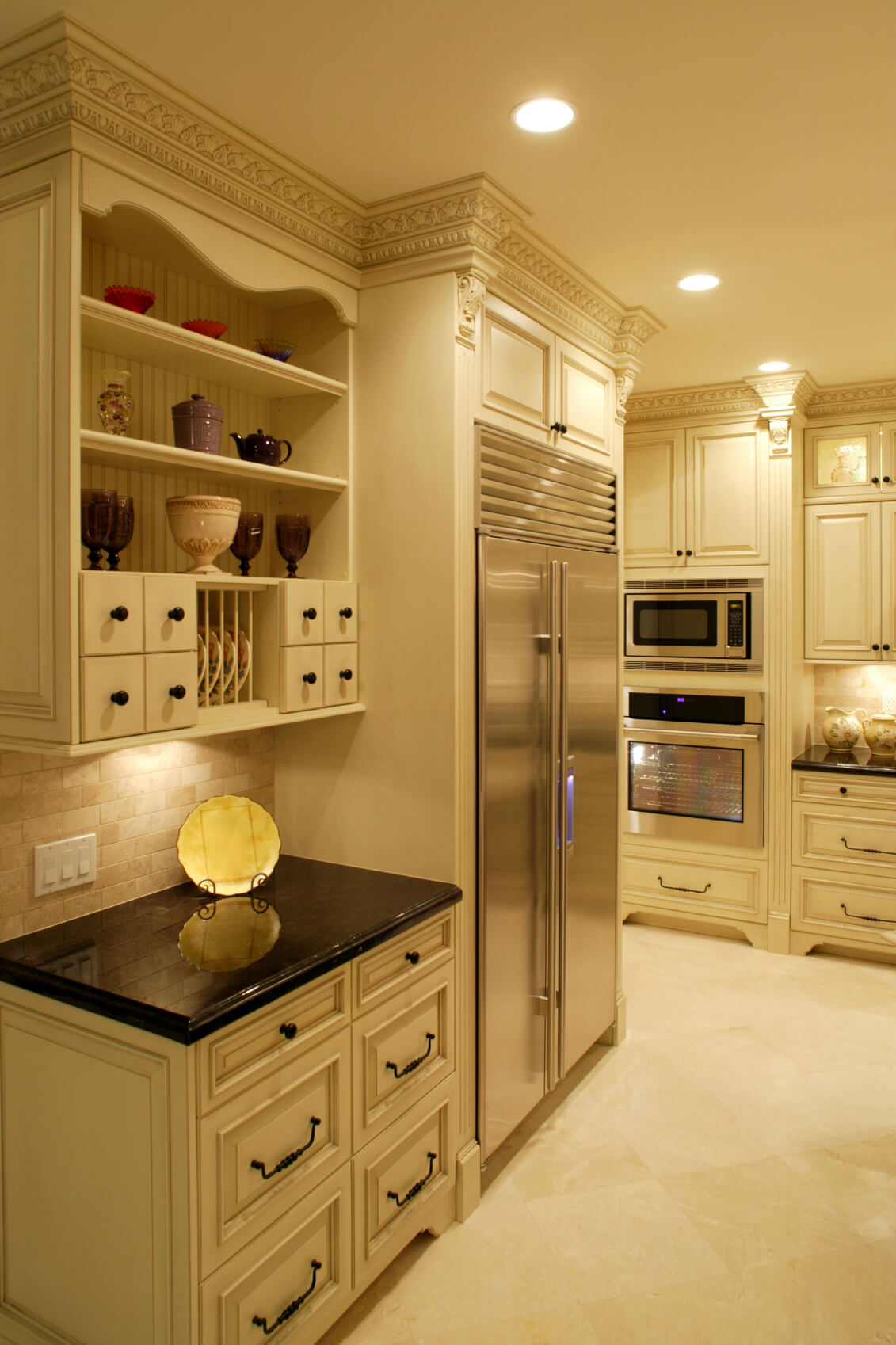 beige kitchen cabinets prep cart 41 white interior design and decor ideas pictures