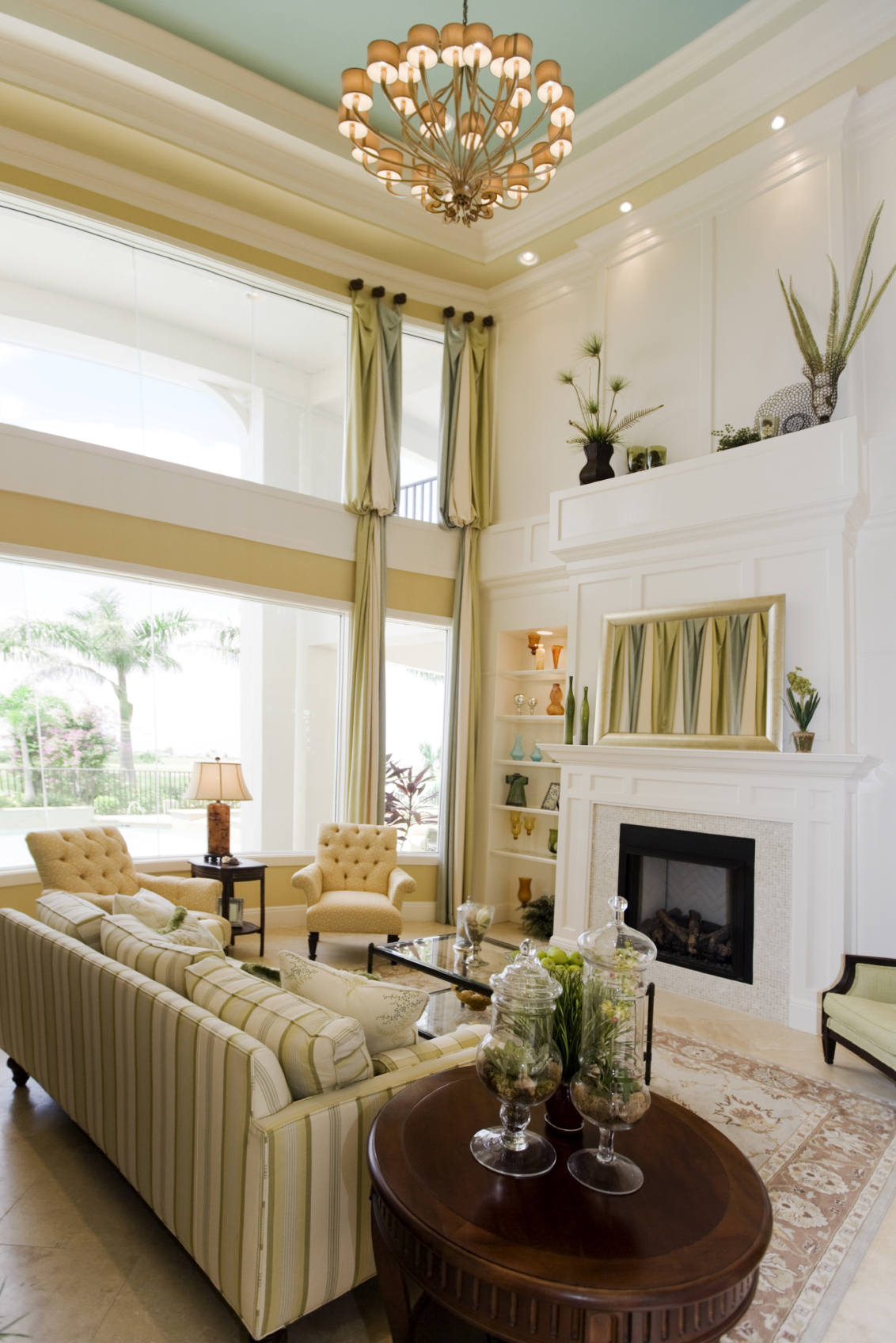 54 Living Rooms with Soaring 2Story  Cathedral Ceilings