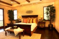 38 Gorgeous Master Bedrooms with Hardwood Floors