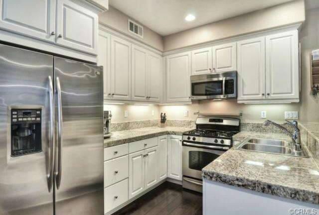 3 light kitchen island pendant design stores 25 elegant kitchens without windows (pictures)